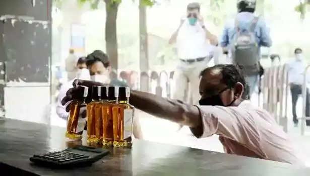 """""""டாஸ்மாக்கில் ரசீது கட்டாயம்"""" : கூடுதல் கட்டுப்பாடுகள் அறிவிப்பு!!"""