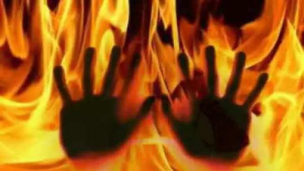 திண்டுக்கல்லில் கார் திடீரென தீ பற்றியதில், ஓய்வுபெற்ற அரசு ஊழியர் பலி!