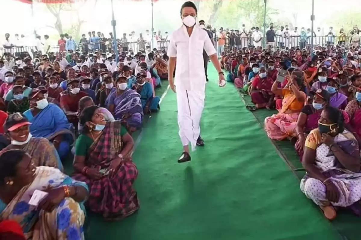 கிராம சபைக் கூட்டங்களை ரத்து செய்து ஜனநாயக் குரல்வளையை அரசு நசுக்கிறது- ஸ்டாலின்