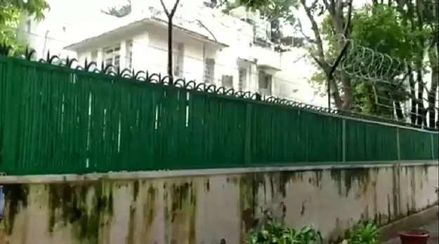 டெல்லி வரும் தமிழக மக்கள் எனது அரசு வீட்டினை பயன்படுத்திக் கொள்ளலாம்- எம்.பி அதிரடி