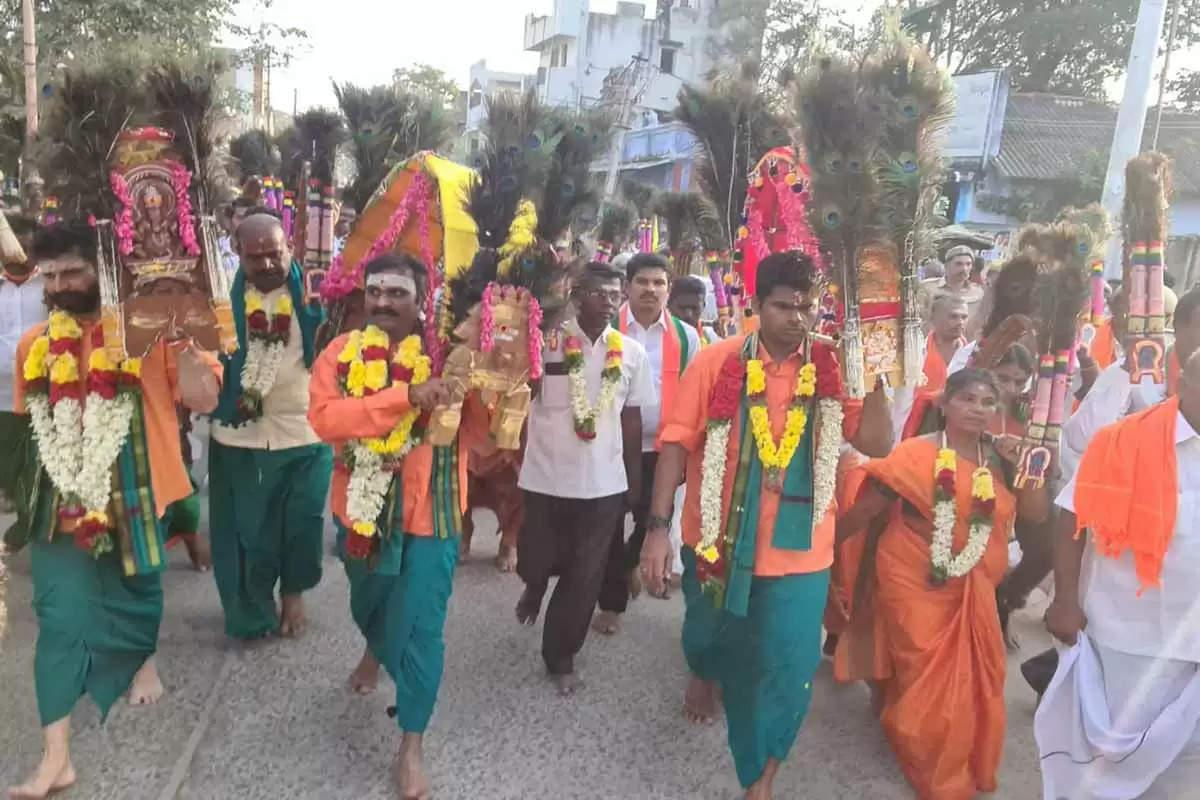 மோடியை கூப்பிட்டு வந்து…சொல்ல வச்சு… எஸ்.வி.சேகர் விளாசல்